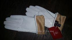 Перчатки белые лакированная кожа