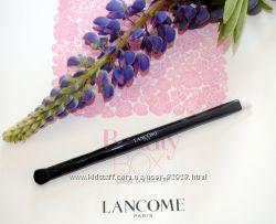Пензлик для макіяжу очей Lancome. Оригінал. Купляли в США