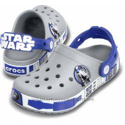 Сабо Кроксы Звездные Войны светятся - Crocs Crocband Star Wars R2D2 Clog