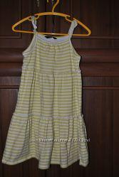 Краисвый фирменный сарафан для девочки рост 104-116 см
