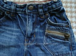 Стильные джинсы GAP на 12-18 месяцев