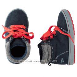 Замшевые модные ботинки американской фирмы Картерс Ошкош