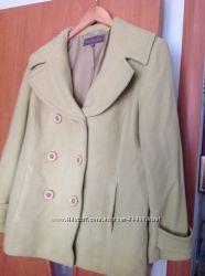 салатовое кашемировое пальто Next