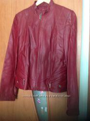 шикарная короткая курточка из мягкой кожи