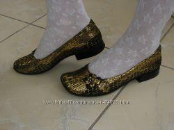 Туфли коричневые с золотом натур кожа  23 см