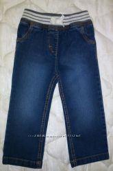 Фирменные джинсы на девочку   2-3 года